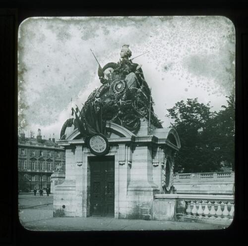PARIS-POS-8080-002: Paris