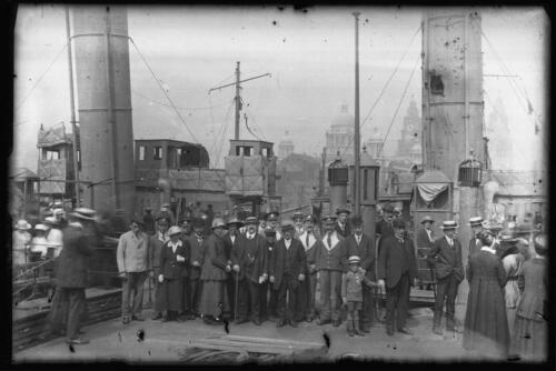 MF-NEG-150100-003: River Mersey and elsewhere