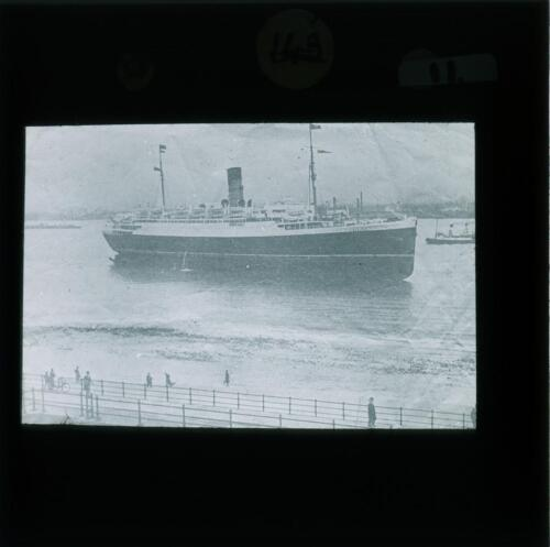 SHP-POS-8080-004: River Mersey and elsewhere