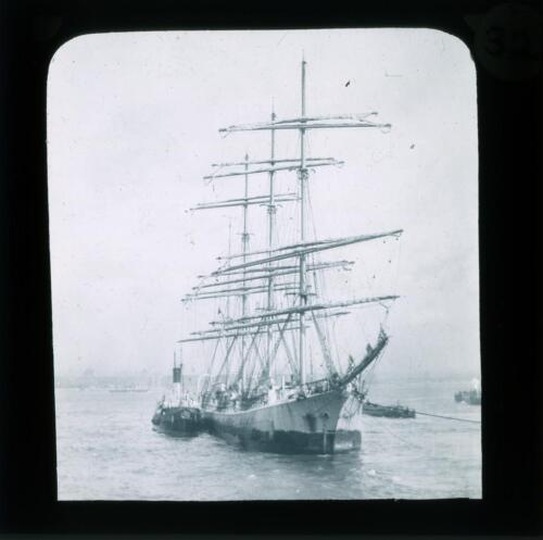 SHP-POS-8080-022: River Mersey and elsewhere