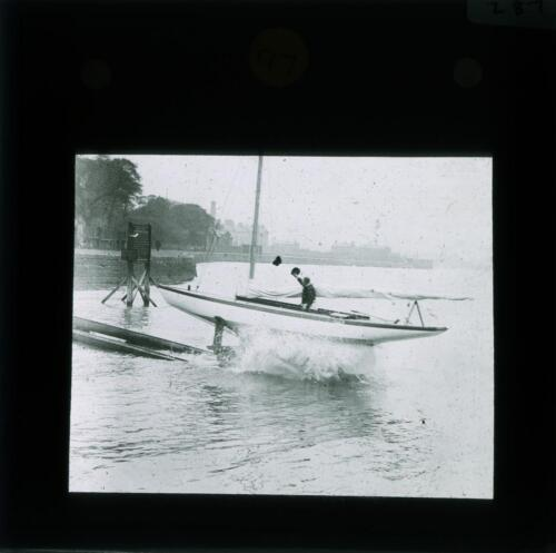 YHT-POS-8080-021: River Mersey and elsewhere