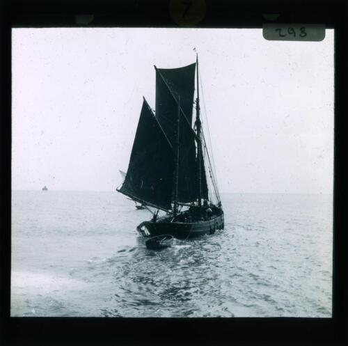 YHT-POS-8080-024: River Mersey and elsewhere